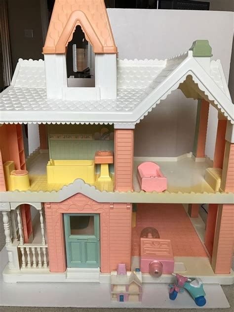 playskool doll house vintage playskool victorian dollhouse loving family 1991