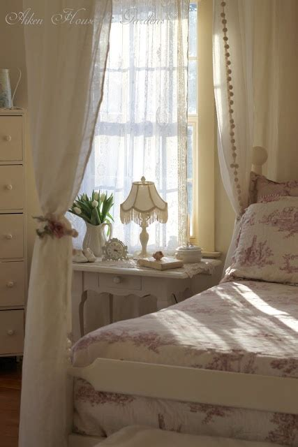 red curtains for bedroom starlite gardens 1098 best cottages images on pinterest my house country