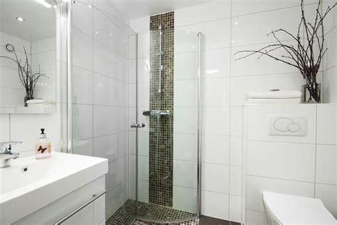 Schmale Badezimmer Designs by Kleines Bad Gr 246 223 Er Wirken Lassen Die 10 Besten Tipps