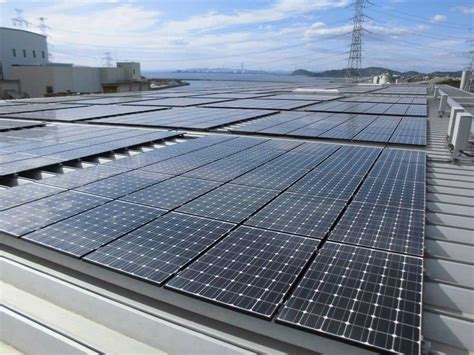 light weight solar panels light weight panels realize japan s largest on roof solar plant solar power plant business