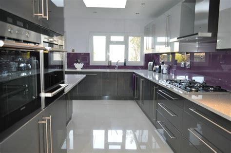 cuisine mur et gris cuisine gris anthracite 56 id 233 es pour une cuisine chic