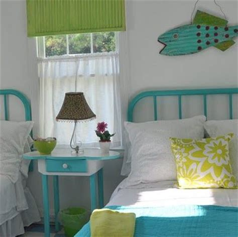 pinterest turquoise bedroom fun cottage bedroom in turquoise and lime the beach