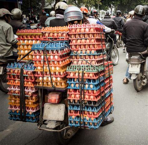 Motorrad Kaufen In Vietnam by Vietnam In Hanoi Erfordern Selbst Die Zebrastreifen Mut