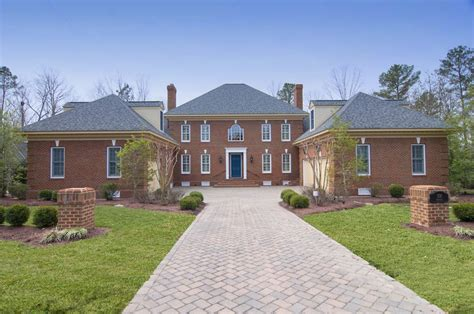 Colonial Williamsburg Style House Colonial Spectacular One Of A Golf Course Home Now Available