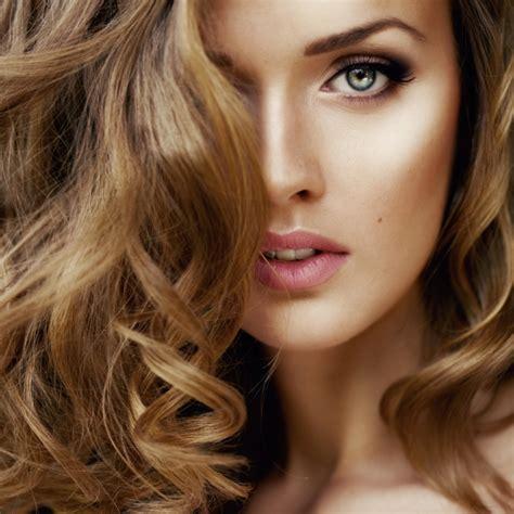color de pelo la moda en tu cabello color de pelo para ojos verdes