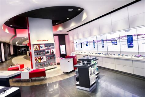 Are You A Chicago Designer Or Store by Verizon Chicago Destination Store By Chute Gerdeman