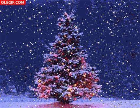 gif nieve cayendo sobre un 225 rbol de navidad gif 2107
