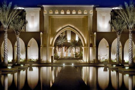 palace hotel  dubai    staying   birthday  year casas de lujo dubai