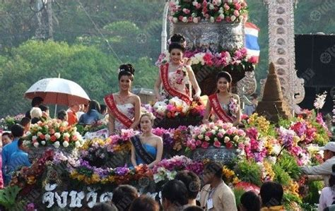 festival of colors books chiang mai flower festival promises color and