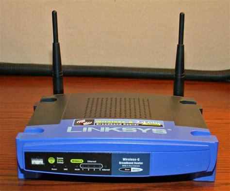 Wireless Router Linksys Wrt54g cracking open the linksys wrt54g wireless router techrepublic