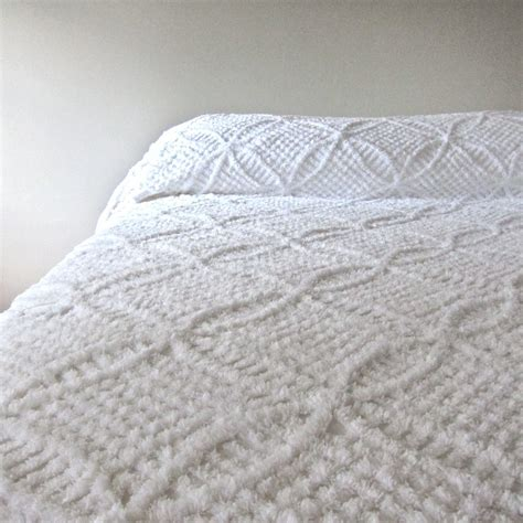 Antique Chenille Bedspreads Vintage Chenille Bedspread In Summer White 1950s Cotton