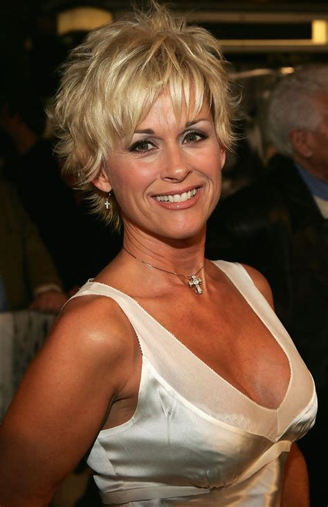 lorrie morgan haircuts 51 best images about lorrie morgan on pinterest demi