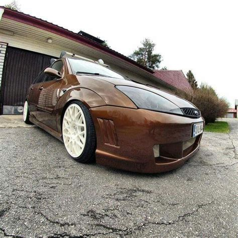 ford focus mk1 st felgen brown ford focus mk1 with black xenon headls and white