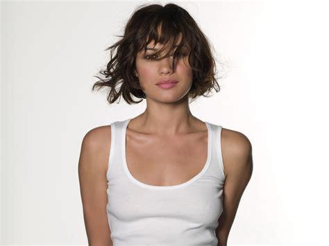 gallery height olga kurylenko profile hot picture bio bra size