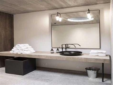 Charmant Papier Peint Salle De Bain Zen #2: dalles-beton-et-plan-vasque-bois-dans-salle-de-bain-zen.jpg