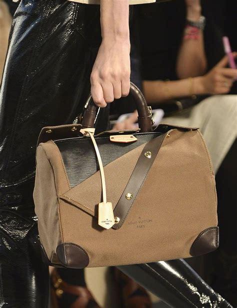 Sepatu Louis Vuitton 841 Pantofel Leather Black 17 best images about bags on bottega veneta louis vuitton and boxers