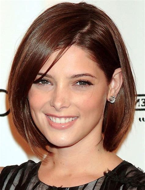 jaw length hairstyles fun and the funky chin length hairstyles look gorgeous