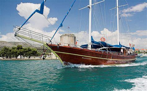 yacht bonaventure gulet bonaventura charter world