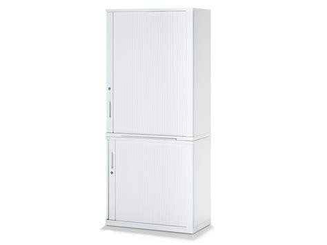 armoire avec serrure