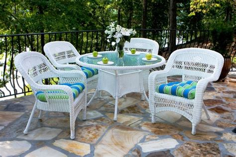 Portside 5 piece Wicker Dining Set   White   Outdoor