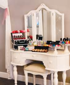 Many effective uses of make up table fashionabove