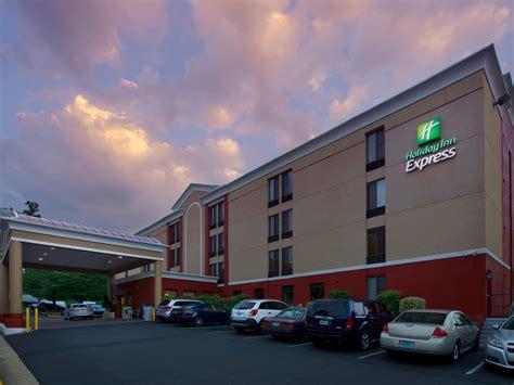 hotel inn express inn express fairfax arlington boulevard hotel by ihg