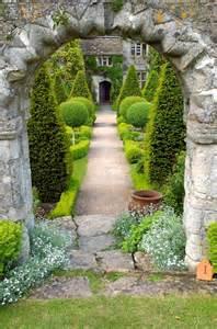 Formal Entryway Ideas Dream Interpretations Dreaming Of Gardens
