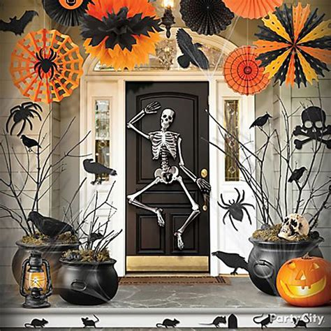 idees themes halloween d 233 coration halloween pour un jardin qui donne la chair de