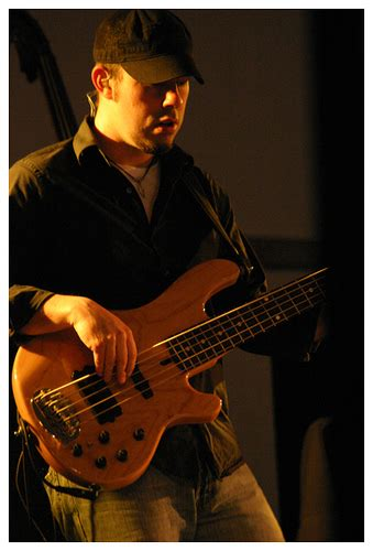 jordan medas what bass does your favourite bassist play page 9