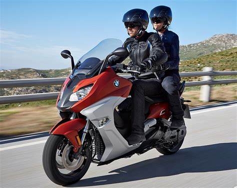 Bmw Motorrad Malaysia 2016 by 2016 Bmw Motorrad C650 Sport And C650 Gt Facelifted Maxi