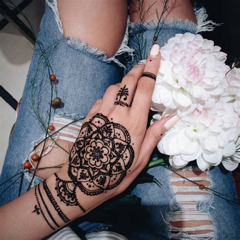 henna tattoos how long does it last henna how does it last makedes