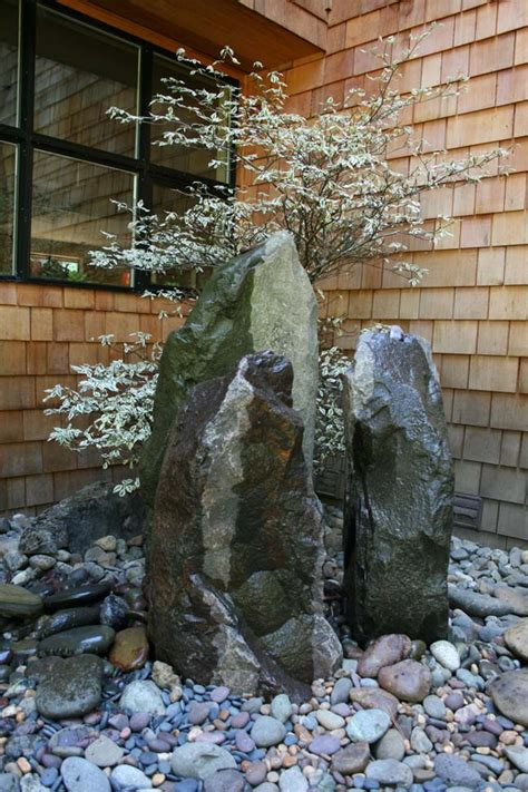 Rocks Don T Always Have To Be Horizontal Use Them As A Rock Features In Gardens