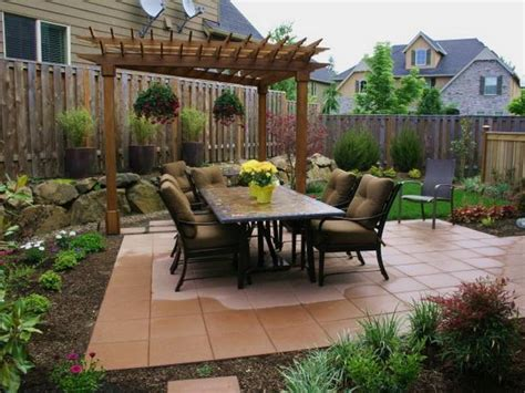 Patio Design Ideas For Small Backyards Patio Ideas For A Small Yard Landscaping Gardening Ideas