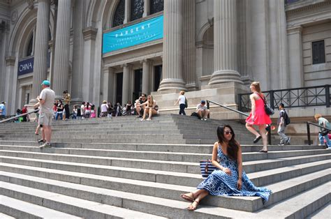 the gossip of the city new york city the gossip girl stops living vazzy
