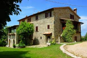 italian country homes casale palazzo agriturismo county house in umbria