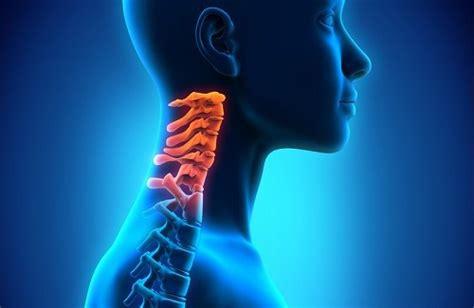 vertigini a letto vertigini da cervicale cause sintomi diagnosi e cura