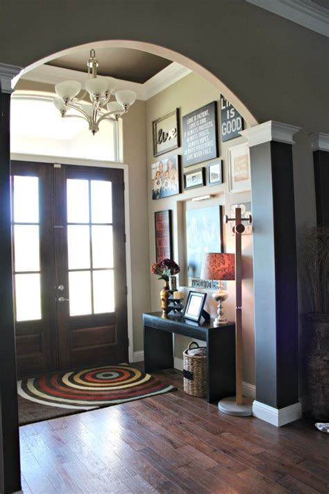 decorate  front entryway