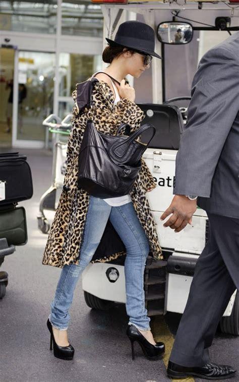 nicole richie wearing jeans nicole richie jet jeans 2 celebrities in designer jeans