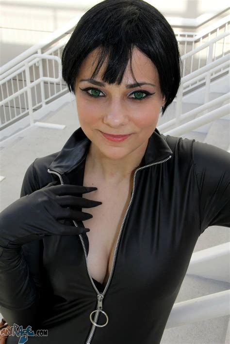 a picture of cortanas hairstyle for the back catwoman selina kyle cosplay