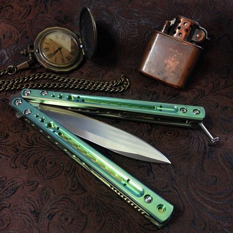 25 best ideas about butterfly knife on knives
