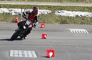 Motorrad Fahren Jollydays by Motorrad Warmup Raum Graz Jollydays Geschenke