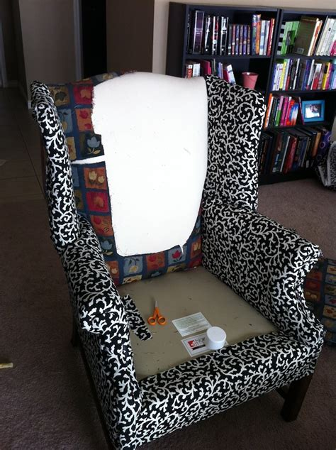 Diy Reupholster by How To Reupholster Furniture Diy Pretty Step By