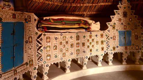 dsource design gallery  habitats  kutch bhunga