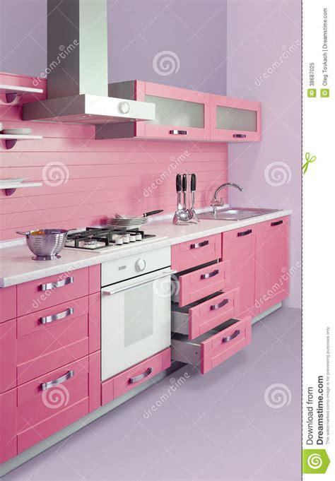 cucina rosa cucina rosa moderna immagine stock immagine di lucido