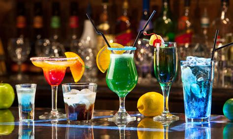 top bar shots cocktails 2 zomerse drankjes met fruit grabbits