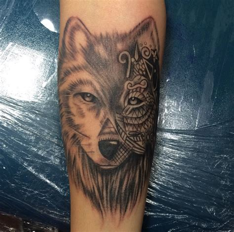 tattoo pictures wolves 13 gorgeous animal tattoos that will make you want to get