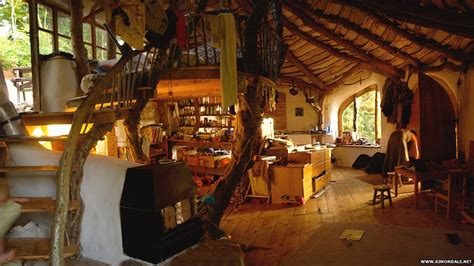 pictures look inside a real hobbit house cbbc