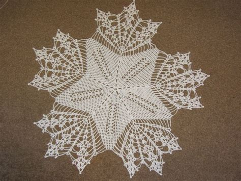 snowflake pattern tablecloth crochet tablecloth snowflake 48 cm diameter free pattern