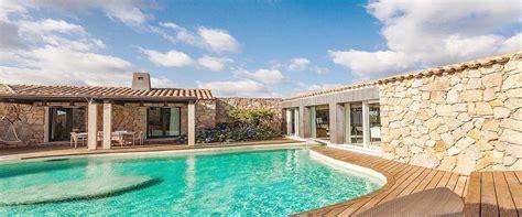 4 Bedrooms For Rent esmeralda luxury villas
