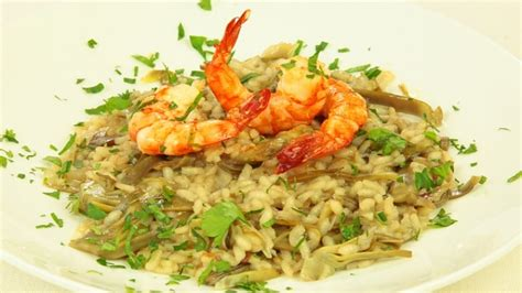 decorare risotto risotto con carciofi e gamberi ricette di cookaround